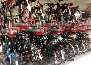هولندا تبني أكبر جراج دراجات في العالم