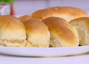 خبز الفينو باللبن والزبدة