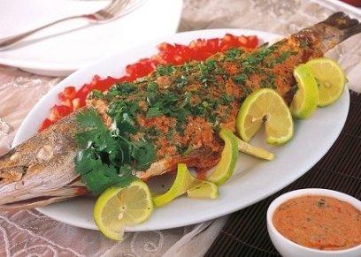 سمكة حارة بالطحينة