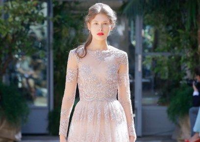 أحد تصميمات فساتين الزفاف من أسبوع الموضة في ميلان
