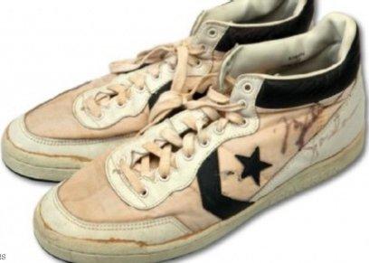 حذاء أسطورة كرة السلة الأميركية الشهير، مايكل جوردان