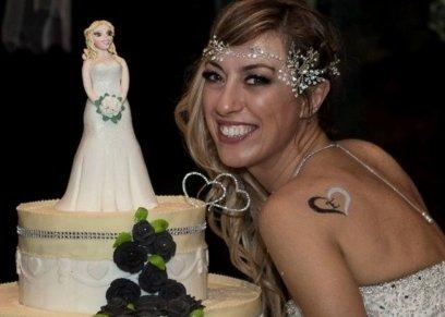 امرأة إيطالية تزوجت نفسها...وقضت شهر العسل في مصر