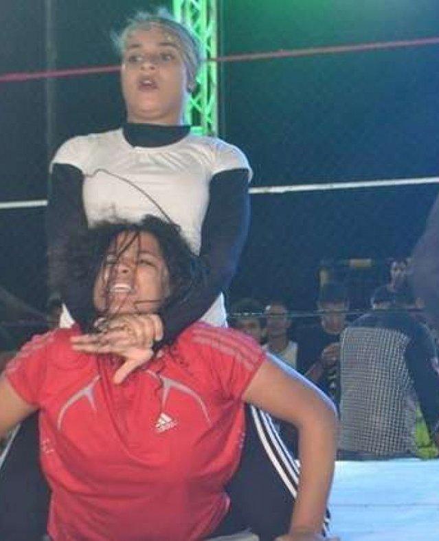 المصارعة النسائية
