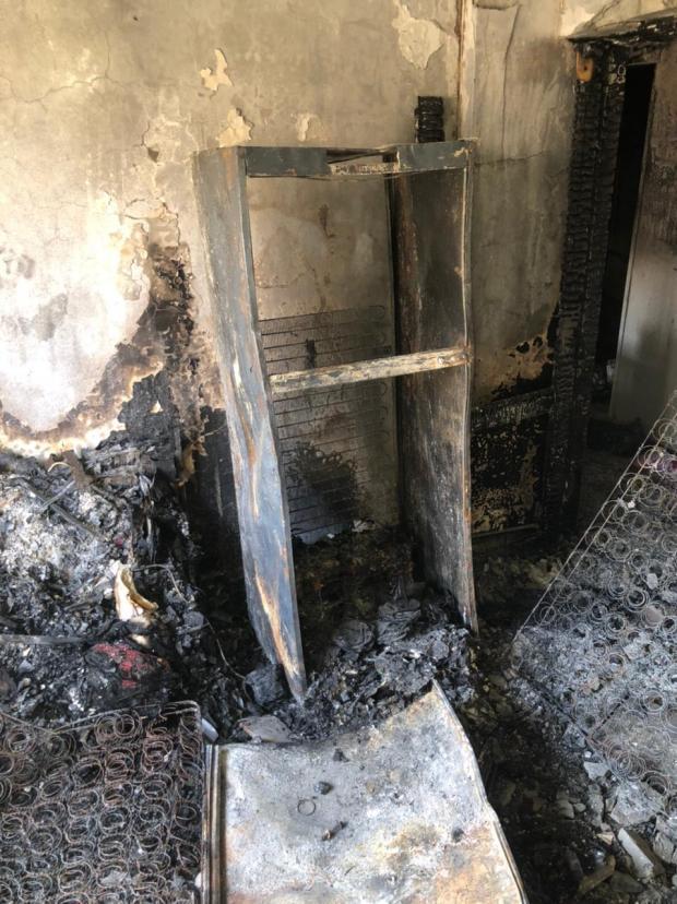 ملحقوش يفرحوا.. حريق شقة عروسين في الصباحية: «شقى عمري ضاع بسبب تلاجة» (صور)