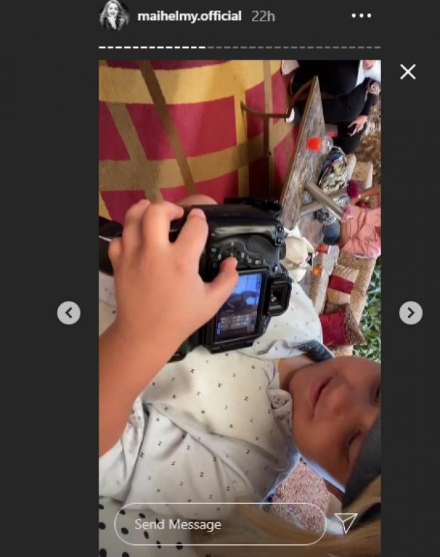 مي حلمي تخضع لجلسة تصوير بعدسة طفل: أصغر وأحلى مصور