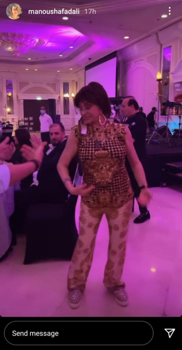 نبيلة عبيد ترقص على أغنية لـ «الليثي» بعد حصولها على الإقامة الذهبية بدبي