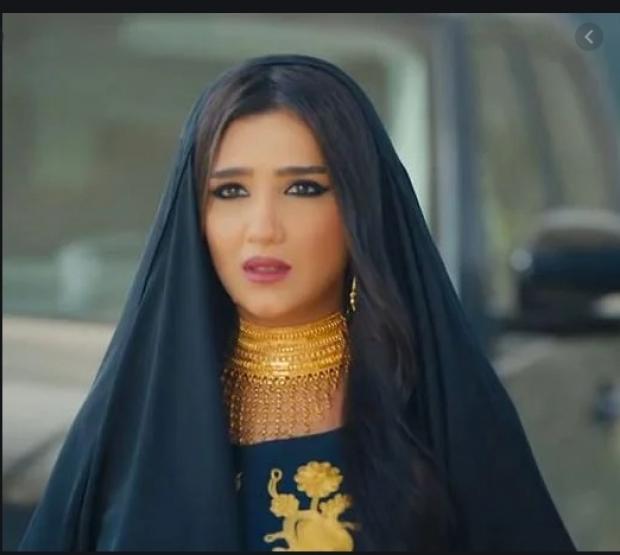 بعد حصول مي عمر وزوجها على الإقامة الإماراتية الذهبية.. مواقف لهما أثارت الجدل والتريندات